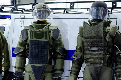 Fotografija Set of military heavy body armor