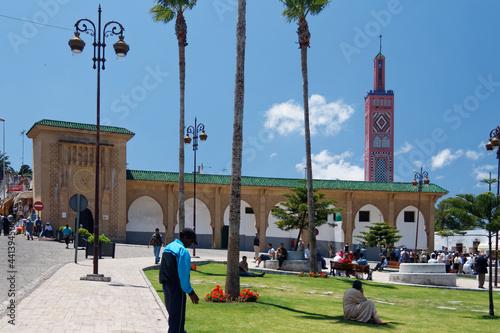 Obraz na plátne Centrum Tangeru w letni dzień roku 2007