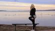 młoda kobieta, krajobraz, blondynka, sylwetka, ciało, przyroda, widok, kolorowe niebo, jezioro, woda