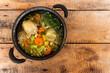Rosół, pyszna i ładnie podana zupa z kurczaka.