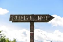 Tourist Tourisme Touristique Info
