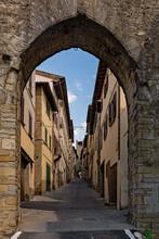 Altstadt Von Cortona In Der Toskana In Italien
