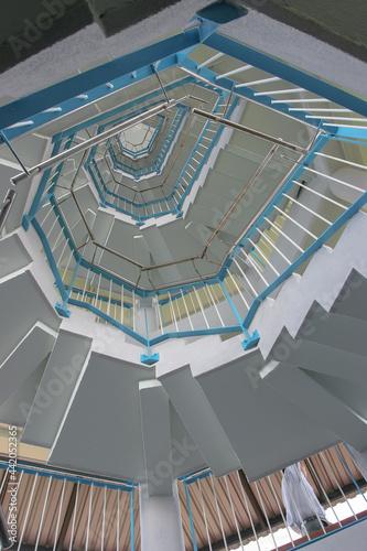 Foto a circular staircas at the bird tower 11 June 2005