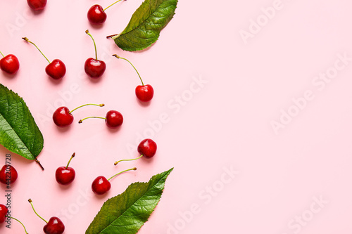 Canvas-taulu Tasty ripe cherry on color background