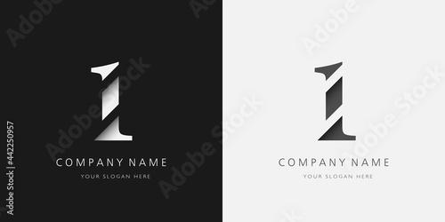 Fotografía 1 logo modern broken design serif number