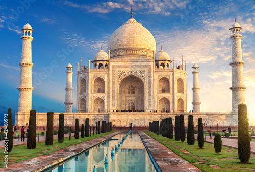 Fotografía Taj Mahal at sunrise, place of visit of India, Agra