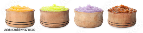 Foto Set with different body scrubs in wooden bowls on white background