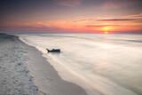Fototapeta Fototapety z morzem do Twojej sypialni - Wakacje na plaży w Białogórze