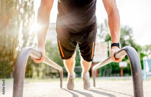Slika na platnu Man doing workout outdoors