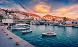 Fototapeta Kawa jest smaczna - Fantastic spring cityscape of Saranda port. Captivating Ioninian seascape. Wonderful evening scene of Albania, Europe. Traveling concept background.