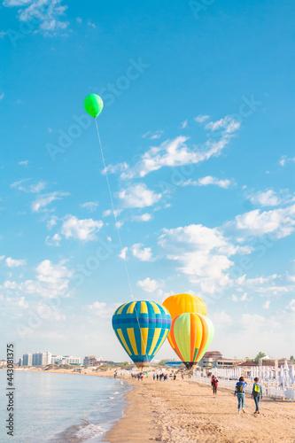 Fotografie, Obraz balloon, air, hot, sky, hot air balloon, balloons, colorful, flying, fly, flight