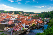 CESKY KRUMLOV, CZECH REPUBLIC, 1 AUGUST 2020: Amazing Cityscape Of The Historic Center