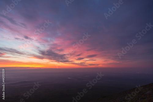 Fotografiet 紫色に色づく空, 夜明け前, 夜明け, 暁, 薄明