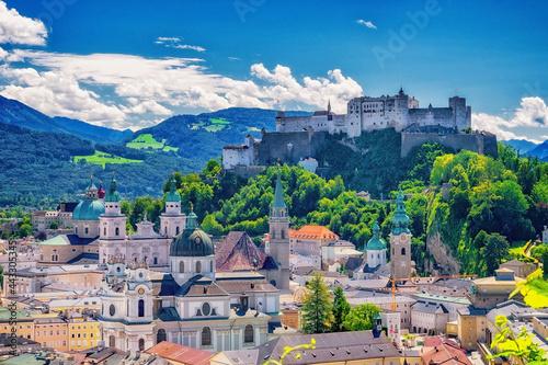Canvastavla Altstadt von Salzburg mit Burg Hohensalzburg in Österreich