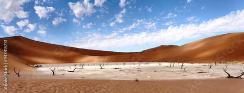 Fotografía Deadvlei in Sossusvlei desert.
