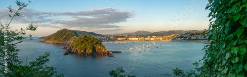 Tela Vista panorámica de la Bahía de San Sebastián, España, desde el monte Igeldo