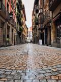 Fototapeta Uliczki - old narrow street in Bilbao