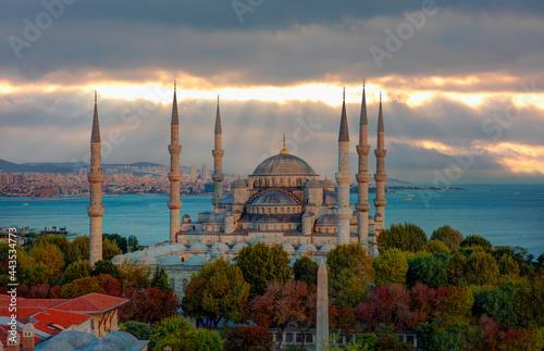Fototapeta The Blue Mosque, (Sultanahmet) at amazing sunset - Istanbul, Turkey