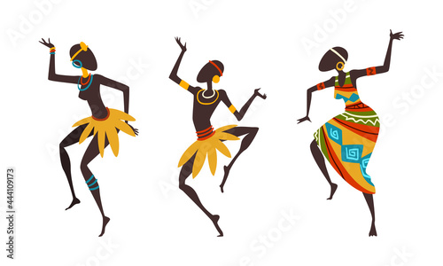 Photo African People Ritual Dance, Aborigines in Bright Traditional Clothing Dancing C