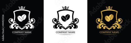 Photo coffee logo template caffeine luxury royal vector company decorative emblem with