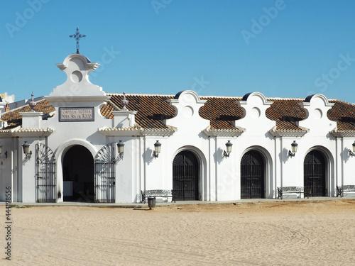 Fotografering Turismo en Capilla Votiva Virgen del Rocío o Blanca Paloma en el pueblo de Huelv