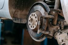 Car Brake Change In Service