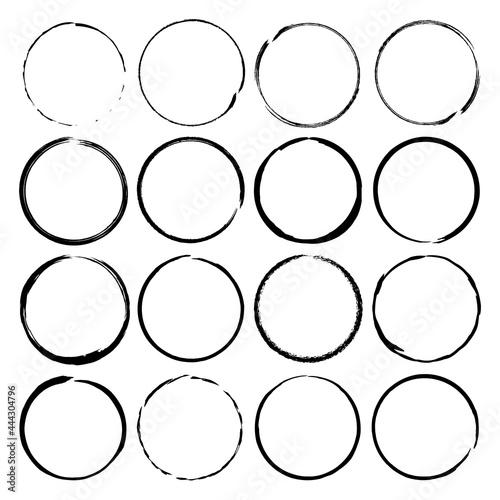Obraz na plátně Grunge circle brush ink frames set. Vector set
