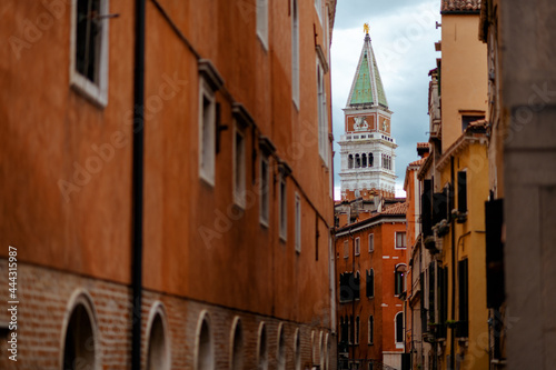 Cuadros en Lienzo landscape with street and saint marks campanile