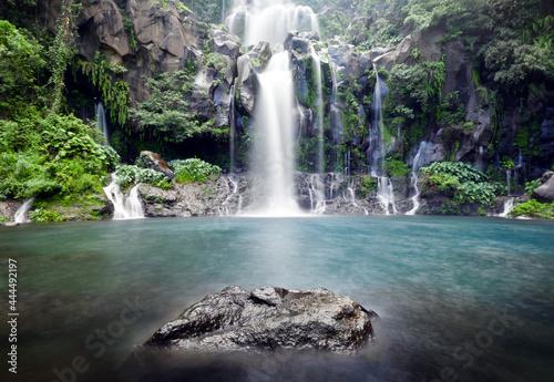 Obraz na plátně Cascades du bassin des Aigrettes - Ile de La Réunion