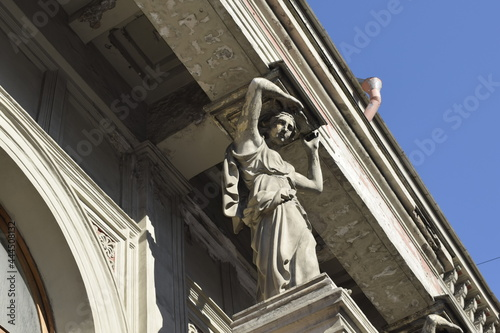 details of the facade of the building, the old town, the history of architecture