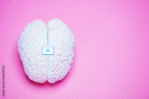 Murais de parede Turn on thinking - human brain with switch button