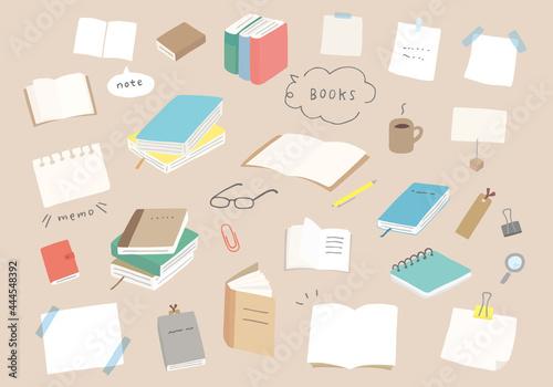 Photo 本やノート、文房具の手描きイラスト(カラー/輪郭線なし)