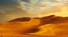 Golden Sand Dune Desert Landscape Panaroma. Beautiful Sunset Over The Sand Dunes In The Al Madam Desert, Sharjah, UAE.