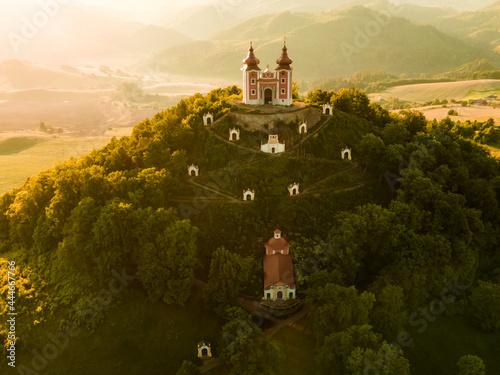 Canvas-taulu Romantic morning scenery of calvary in Banska Stiavnica, UNESCO, Slovakia