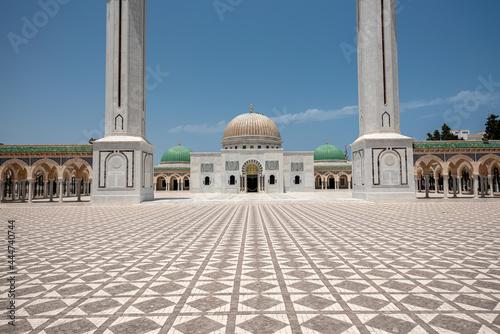 Fotografia The Bourguiba mausoleum in Monastir, Tunisia