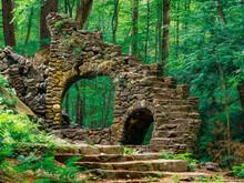 Madame Sherri Forest Castle, Archway Destroyed