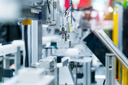 Photo automatic gripping and smart robot working on smart factory,industry 4
