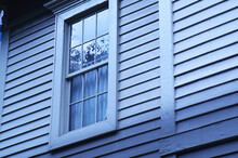 無機質な窓