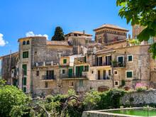 Spain, Mallorca, Valldemossa, Houses Of Medieval Village On Sunny Summer Day
