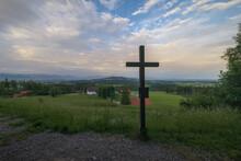 Feldkreuz Vor Der Allgäuer Alpenkulisse Im Morgenlicht