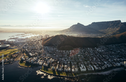 Canvastavla Birds eye view of city of cape town with buildings