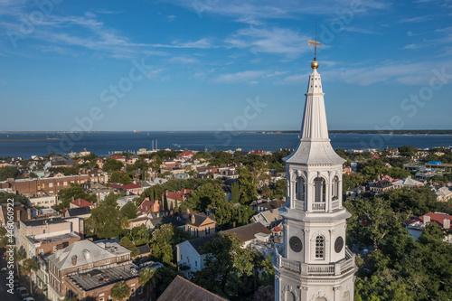 Close up aerial view of Broad street Charleston, South Carolina port city,  Sain Fototapet