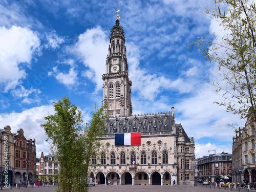 Fototapeta Arras, la place des Héros et le beffroi