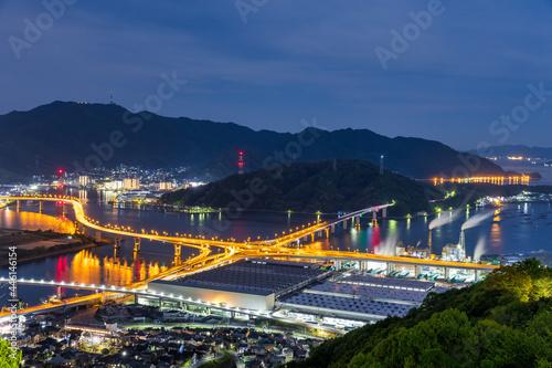 Fotografia 満月の夜、広島市黄金山から仁保ジャンクション方面の夜景
