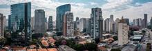 Vista Aérea Da Vila Olímpia, Próximo Ao Cruzamento Da JK Com A A Faria Lima, São Paulo, Brasil.