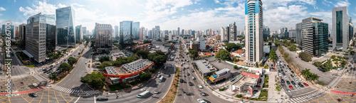 Obraz na plátně Vista aérea da Vila Olímpia, bem acima do cruzamento da Av