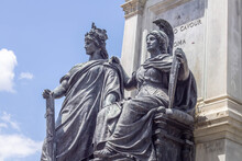 """King And Queen Bronze In The Center At Monument To Cavour, There Symbolizes  Is """"Italy"""", Standing And Next To It """"Rome"""", Seated. Symbolizes,Piazza Cavour (Rome),Italy."""