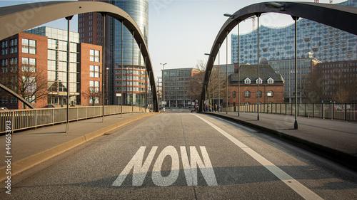Fotografia Street Sign to Now