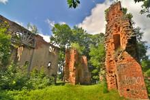 Dobra - Ruiny Zamku Von Dewitzów, Polska