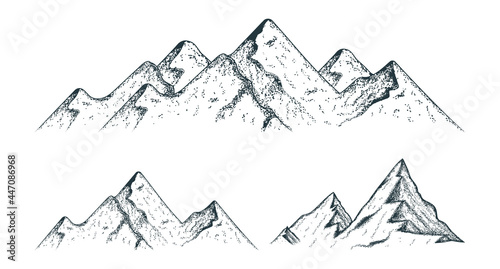 Photo Vector isolated illustration with set of vintage mountain silhouettes